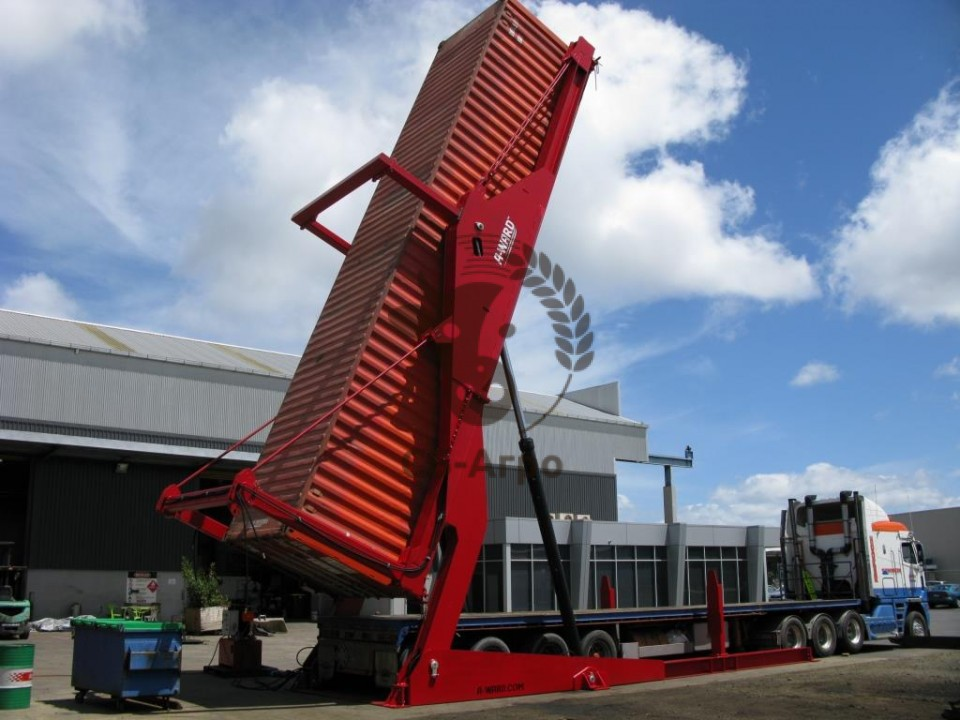 A-Ward-40ft-container-unloader-corn-960x600